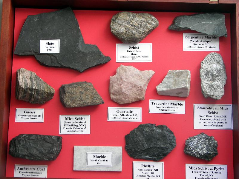 http://www.littlenaturemuseum.org/exhibit_images/metamorphic_rocks.jpg